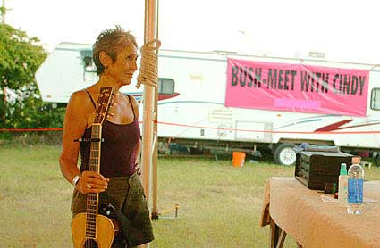 "Joan Baez at Camp Casey - Click Pix to View VidClip of ""Joe Hill"""