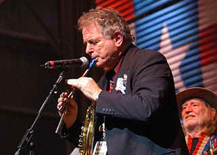 "Click Here to read David Amram's letter ""On The Road from FarmAid 2006"""